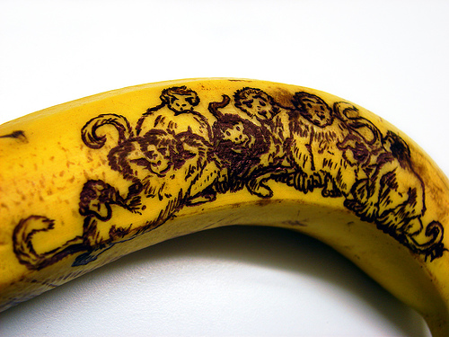 monkeys-on-a-banana